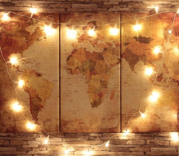 LED lyskæde rundt om verdenskort billede i hyggelig stemning