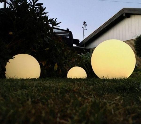 Solcelle lyskugler til haven